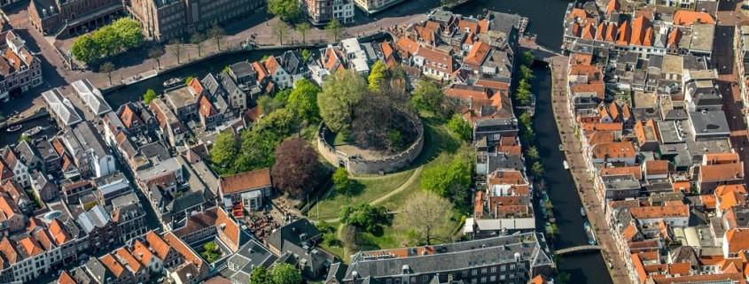 Stadhuis De Burcht Vroom en Dreesmann  luchtfoto